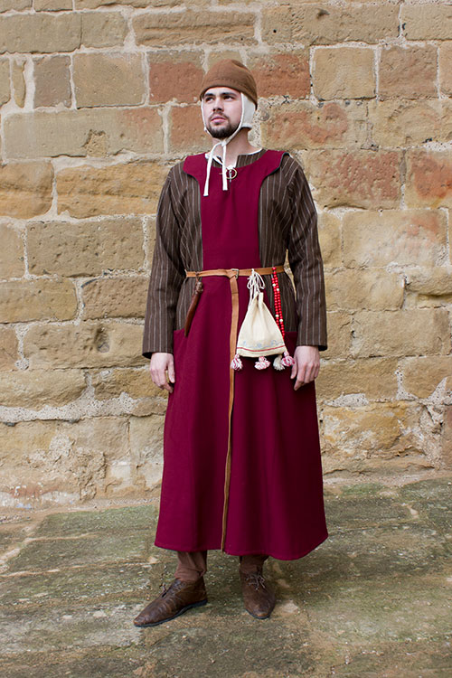 pellote medieval hombre