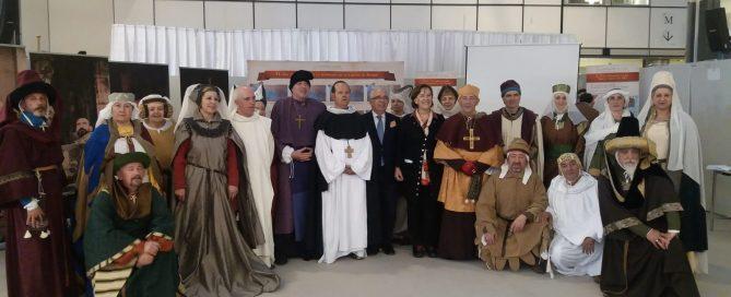 Foto de familia recreación Caspe en Bruselas